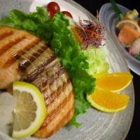 Sashimi & Salmon Shioyaki